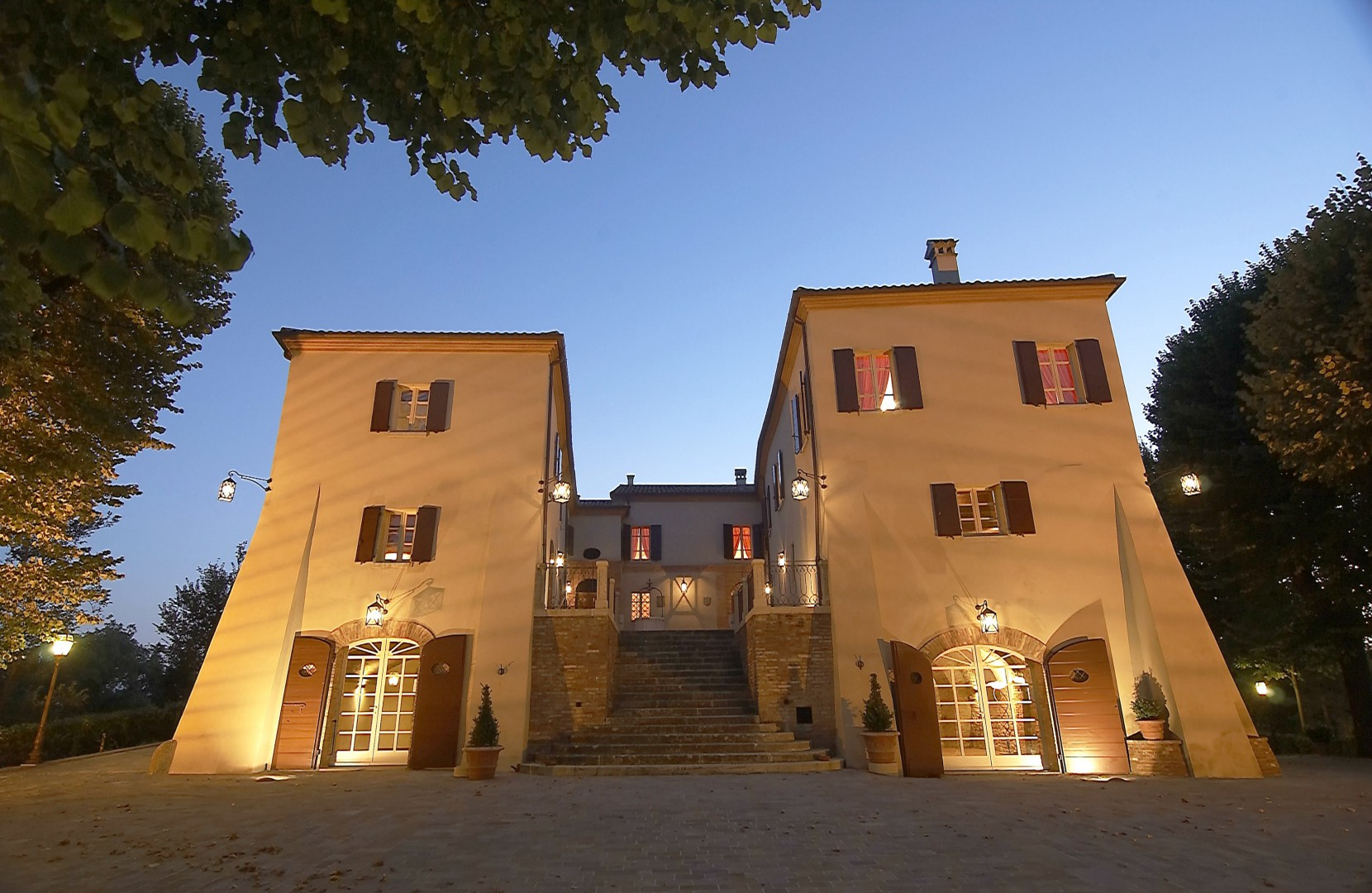 Scopri la storia e visita il suggestivo Palazzo del Poggiano